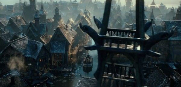 The-Hobbit-The-Desolation-of-Smaug-t2-1