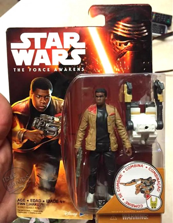 Hasbro Star Wars The Force Awakens Finn (Jakku) Action Figure 001