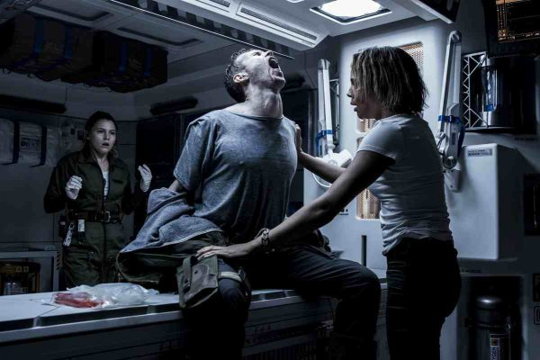 alien-covenant-amy-seimetz-and-carmen-ejogo-1