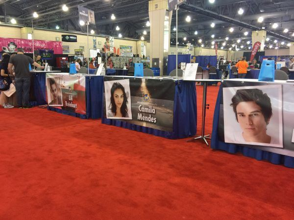 Confessions of an archie fangirl meeting the riverdale cast riverdale cast wizard world m4hsunfo Images