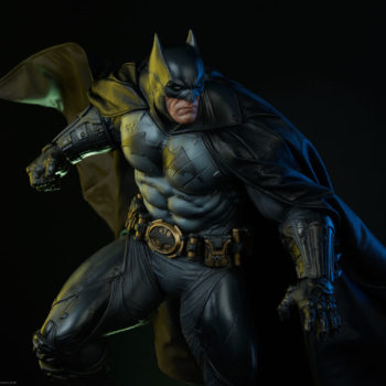 Sideshow Collectibles Batman Premium Format Figure Reveal 1