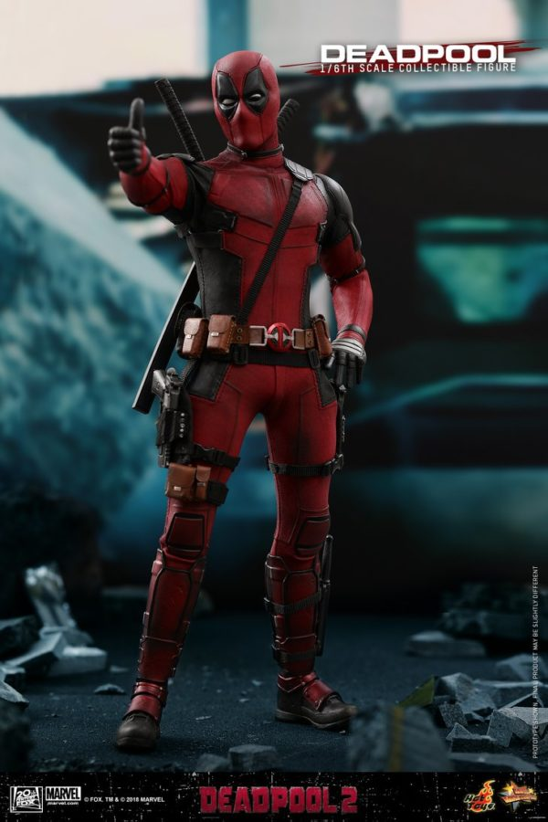 Hot Toys Deadpool 2 Deadpool 10