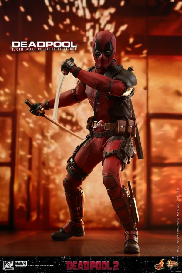 Hot Toys Deadpool 2 Deadpool 14