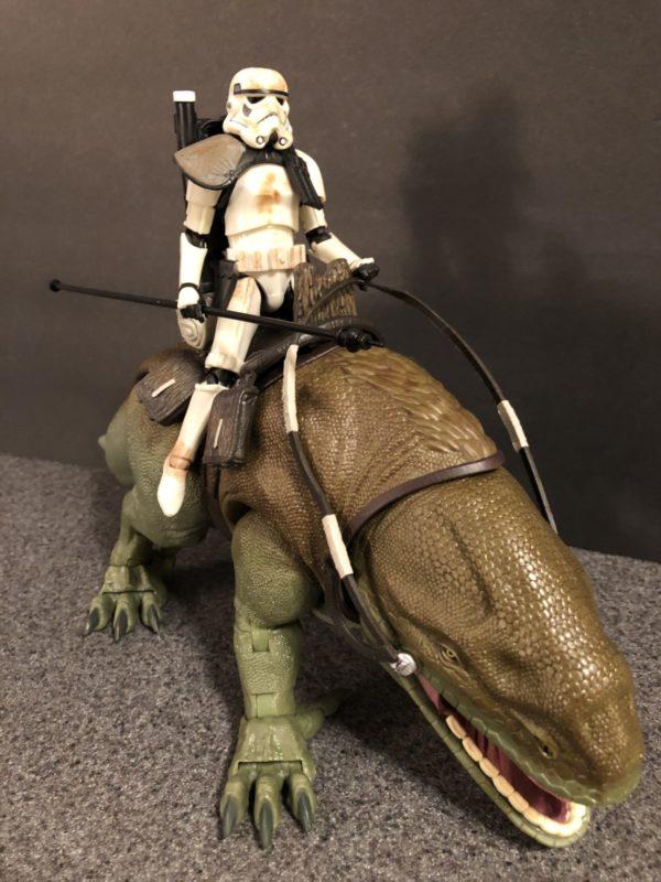 Star Wars Black Series Dewback and Sandtrooper 12