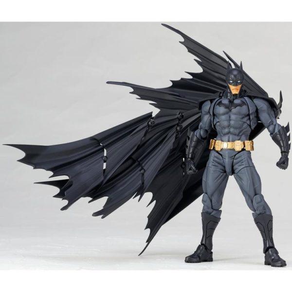 Revoltech Batman 10