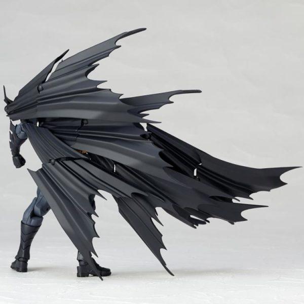 Revoltech Batman 11