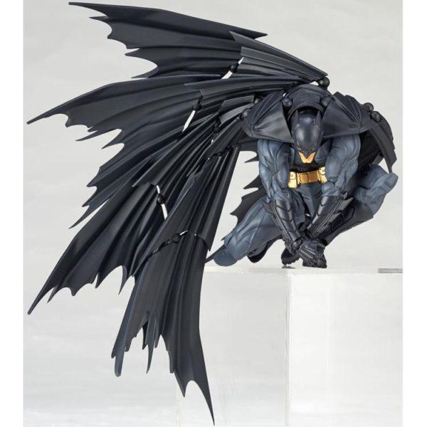 Revoltech Batman 7