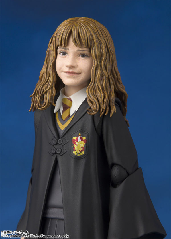 SH Figuarts Harry Potter Hermione 6