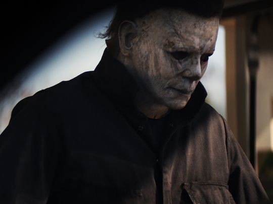 5663956413f7 Laurie Strode Is Not Michael Myers's Sister for a Reason in New 'Halloween'  Film