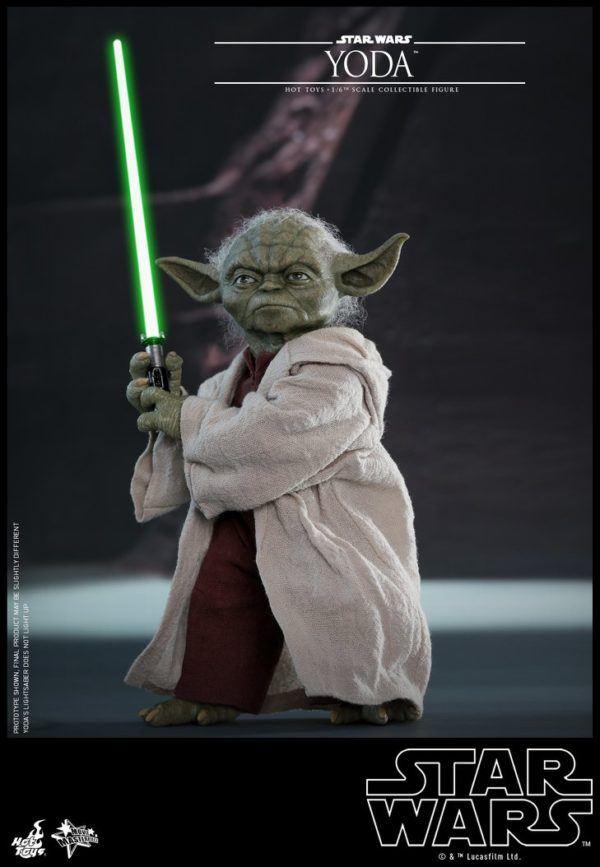 Star Wars Hot Toys Yoda 1