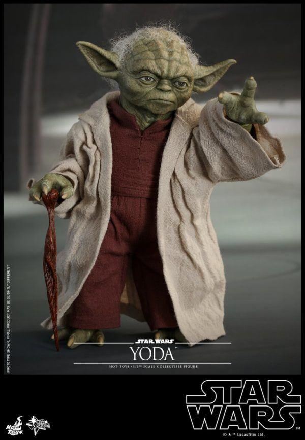 Star Wars Hot Toys Yoda 4