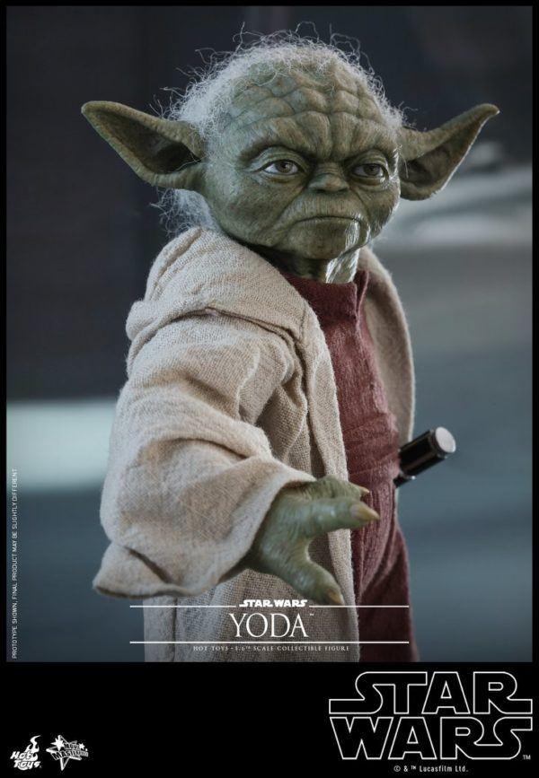 Star Wars Hot Toys Yoda 5