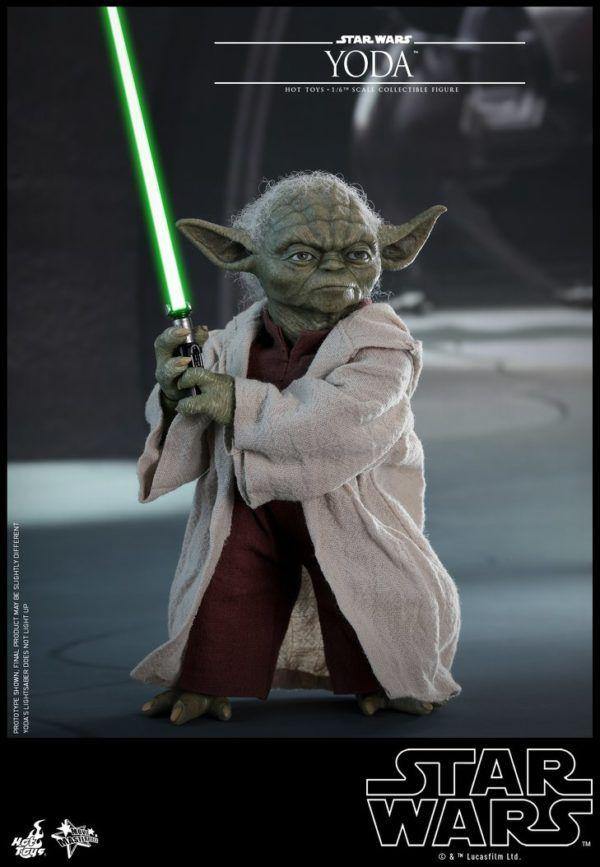 Star Wars Hot Toys Yoda 6