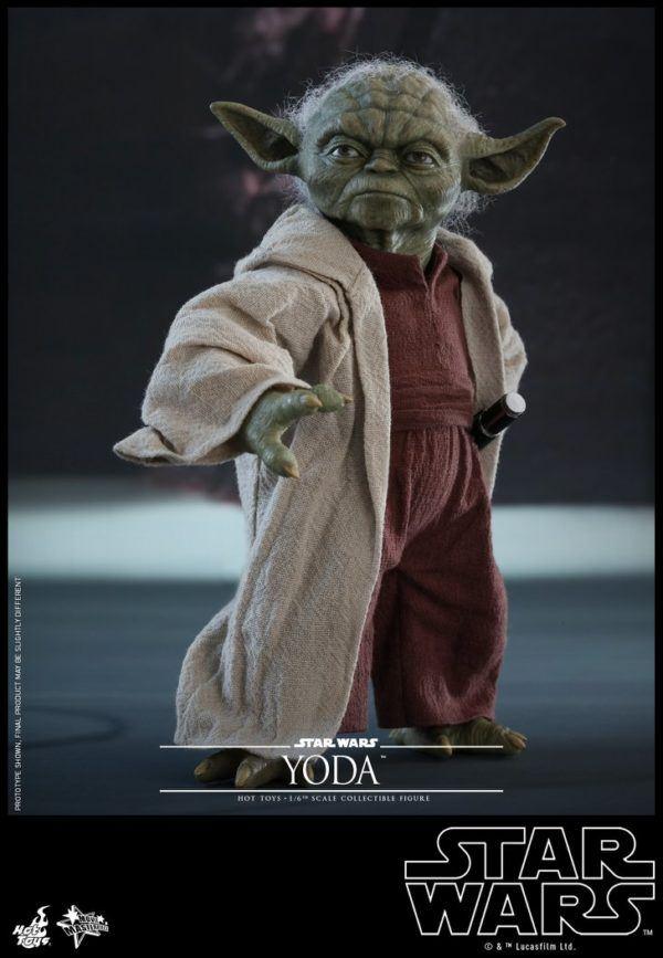 Star Wars Hot Toys Yoda 8