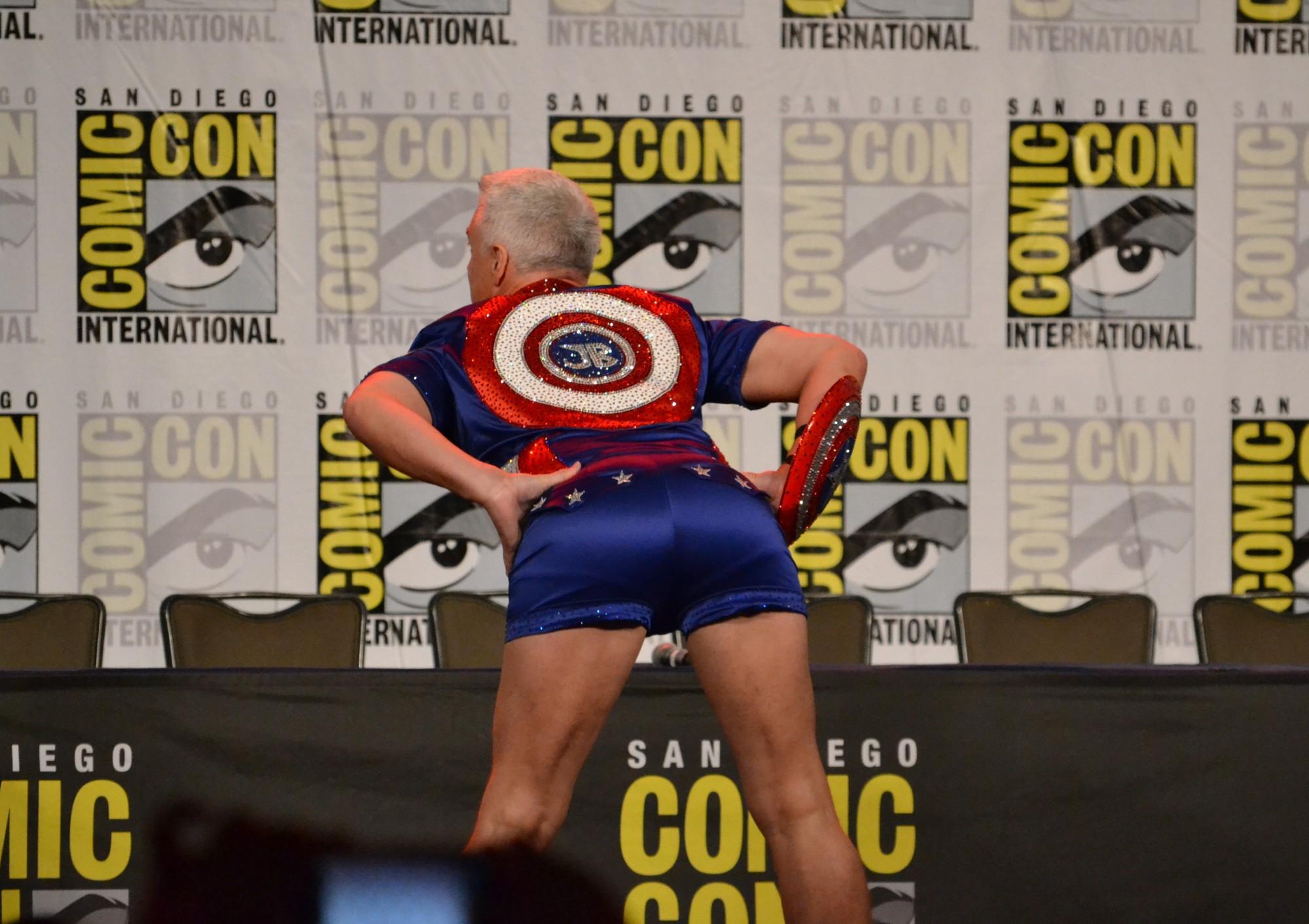 San Diego Comic Con 2018 | John Barrowman as Captain America