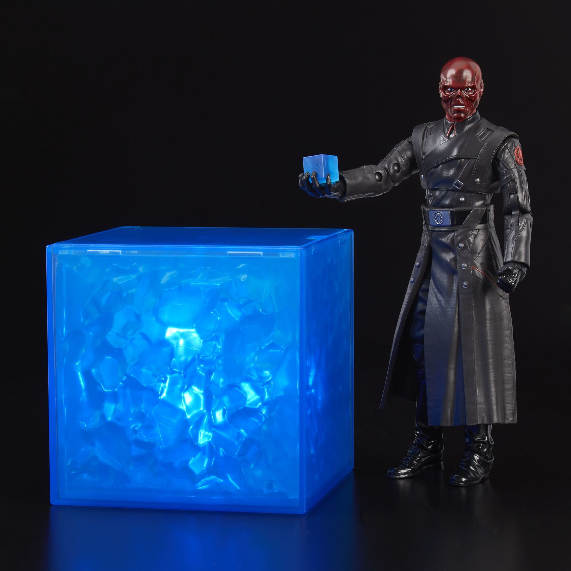 MARVEL LEGENDS SERIES RED SKULL & ELECTRONIC TESSERACT - oop2