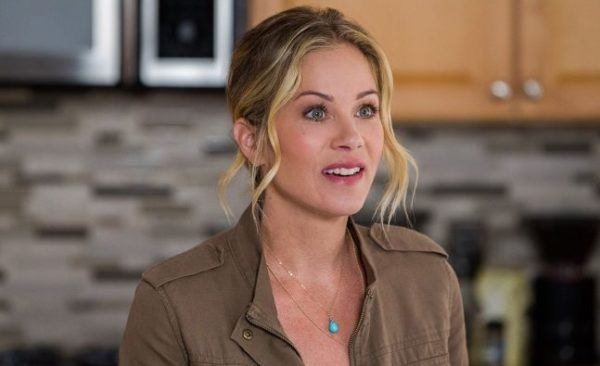 deadtome christina applegate netflix