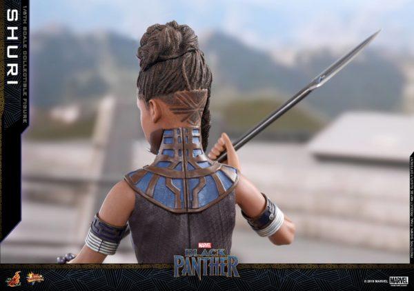 Black Panther Shuri Hot Toys 3