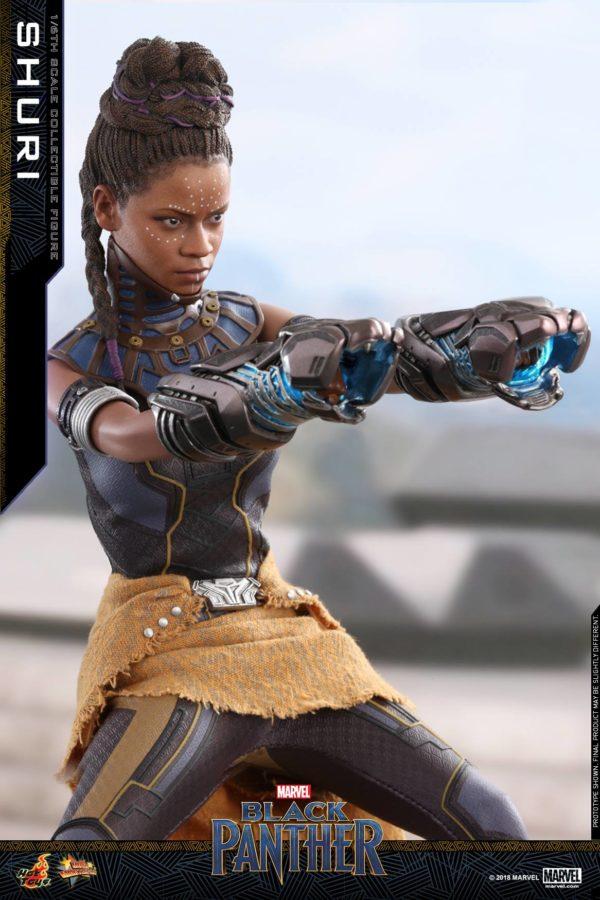 Black Panther Shuri Hot Toys 12