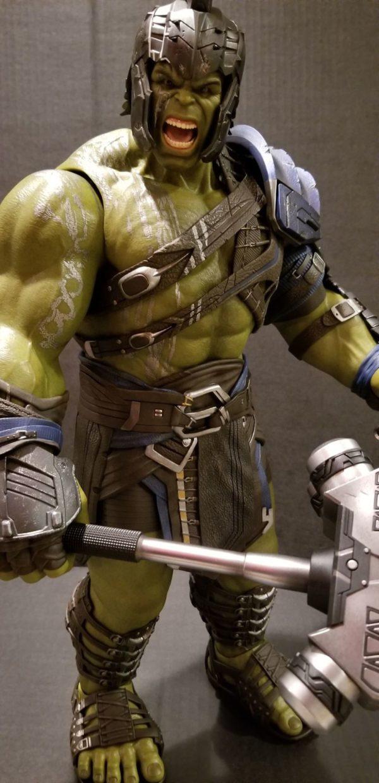 Hot Toys Thor Ragnarok Gladiator Hulk 9