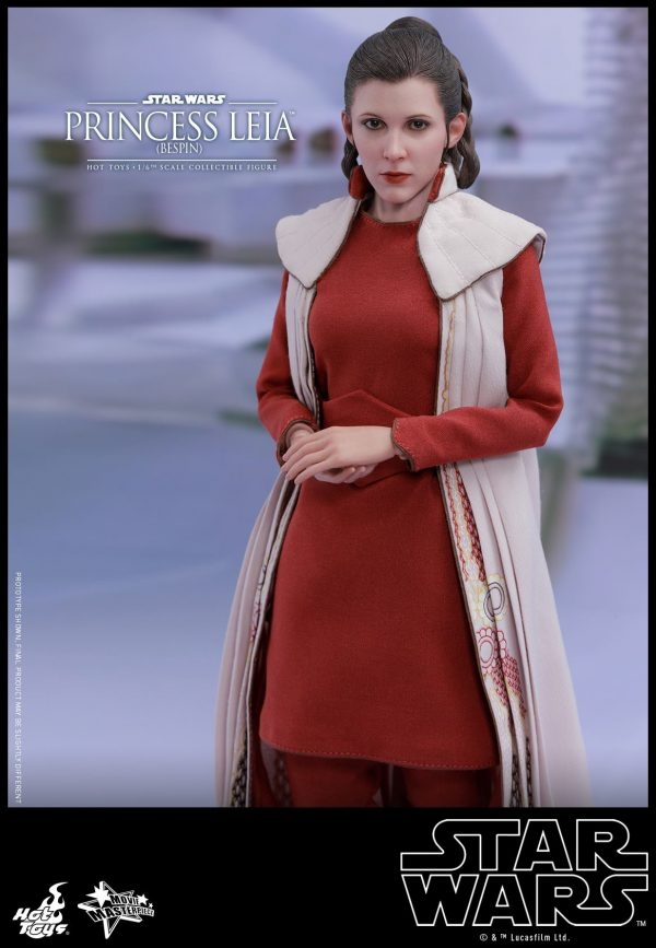 Hot Toys Bespin Gown Princess Leia 12
