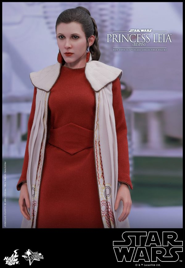 Hot Toys Bespin Gown Princess Leia 13