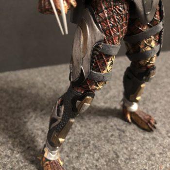 NECA Fugitive Predator 12