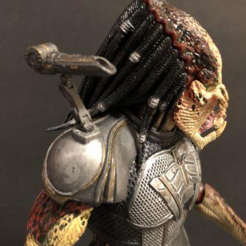 NECA Fugitive Predator 13
