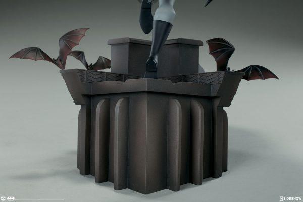 Sideshow Collectibles Batman The Animated Series Batman Statue 9