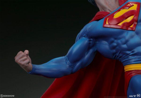 Superman Vs Batman Diorama Statue Sideshow 10