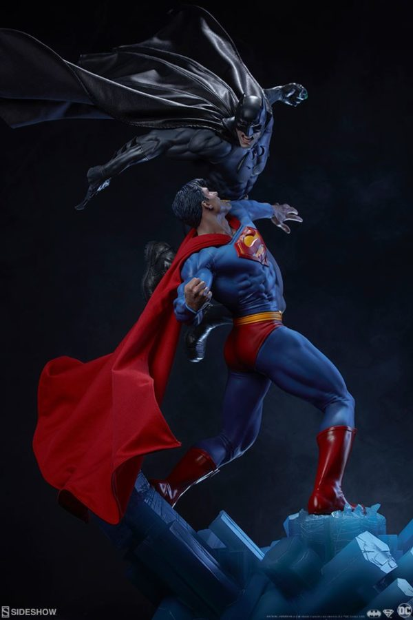 Superman Vs Batman Diorama Statue Sideshow 13