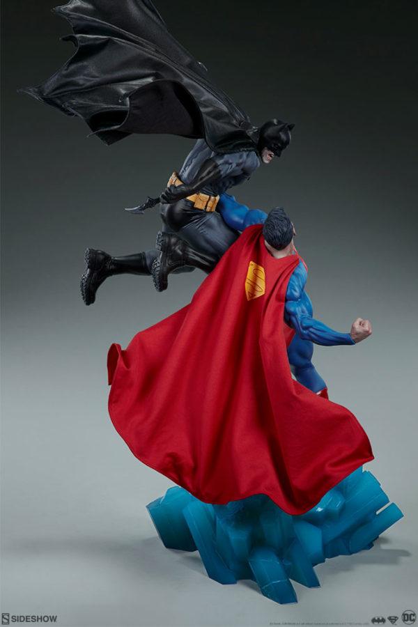 Superman Vs Batman Diorama Statue Sideshow 15