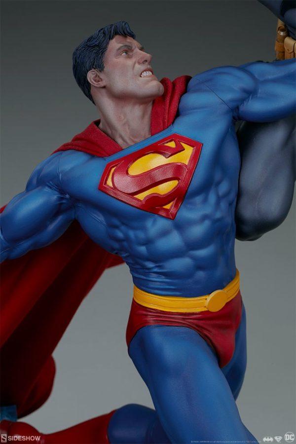 Superman Vs Batman Diorama Statue Sideshow 8