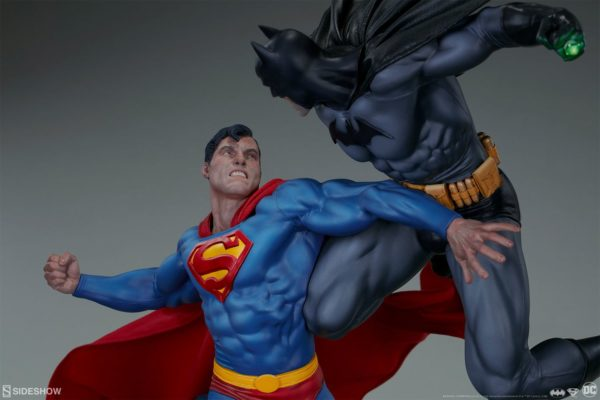 Superman Vs Batman Diorama Statue Sideshow 9