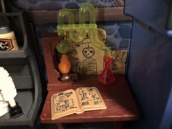 Playmobil Take Along Haunted House 10