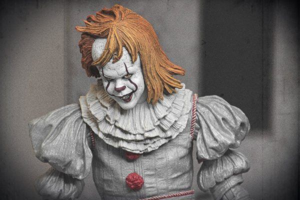 NECA Well House IT Pennywise Figure 6