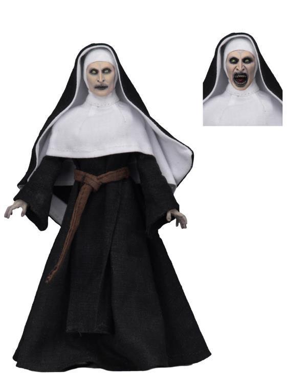 The Nun Valak Figure by NECA 1