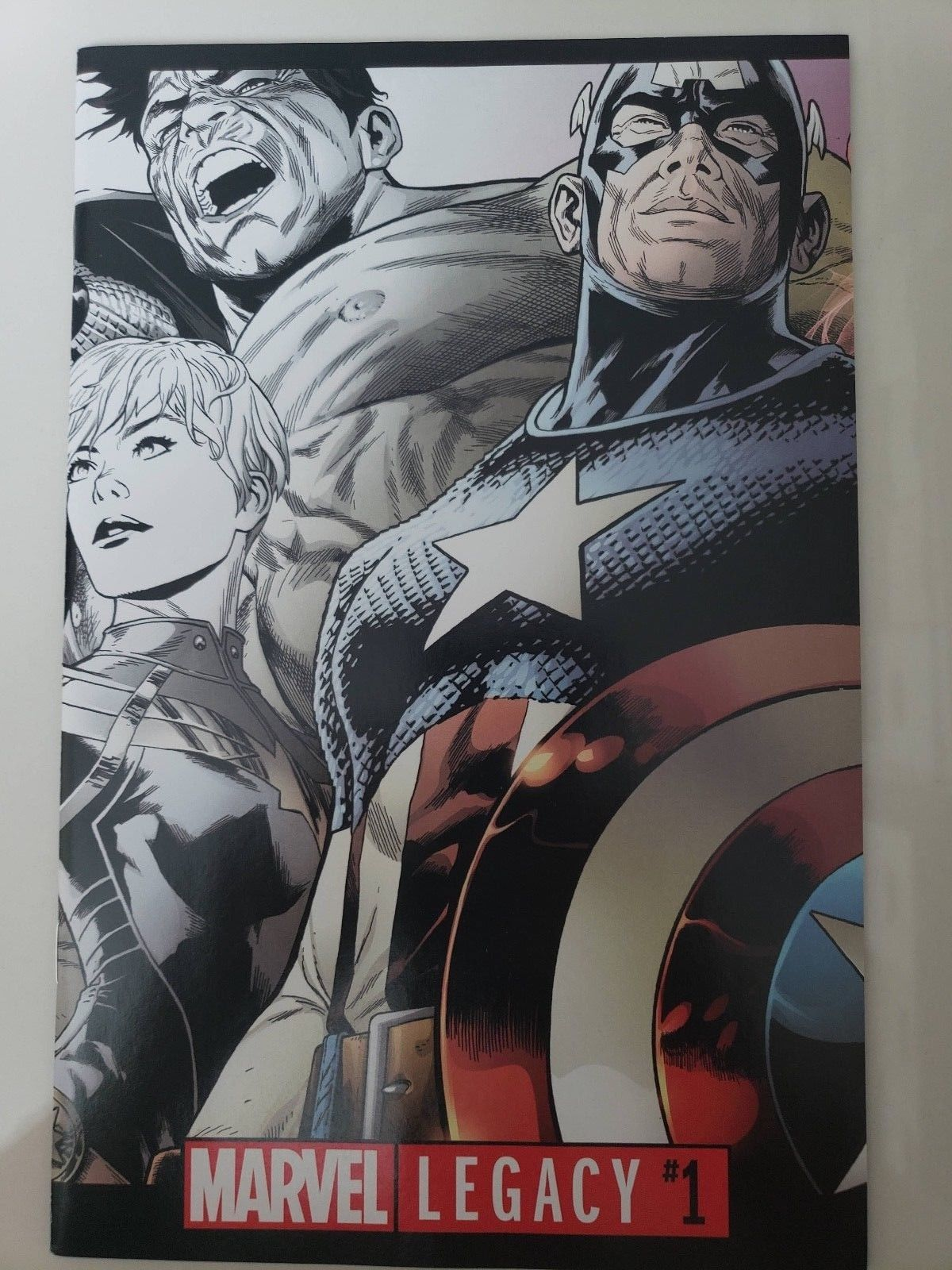 CAPTAIN AMERICA WHITE #1 ASRAR 1:25 INCENTIVE VARIANT COVER