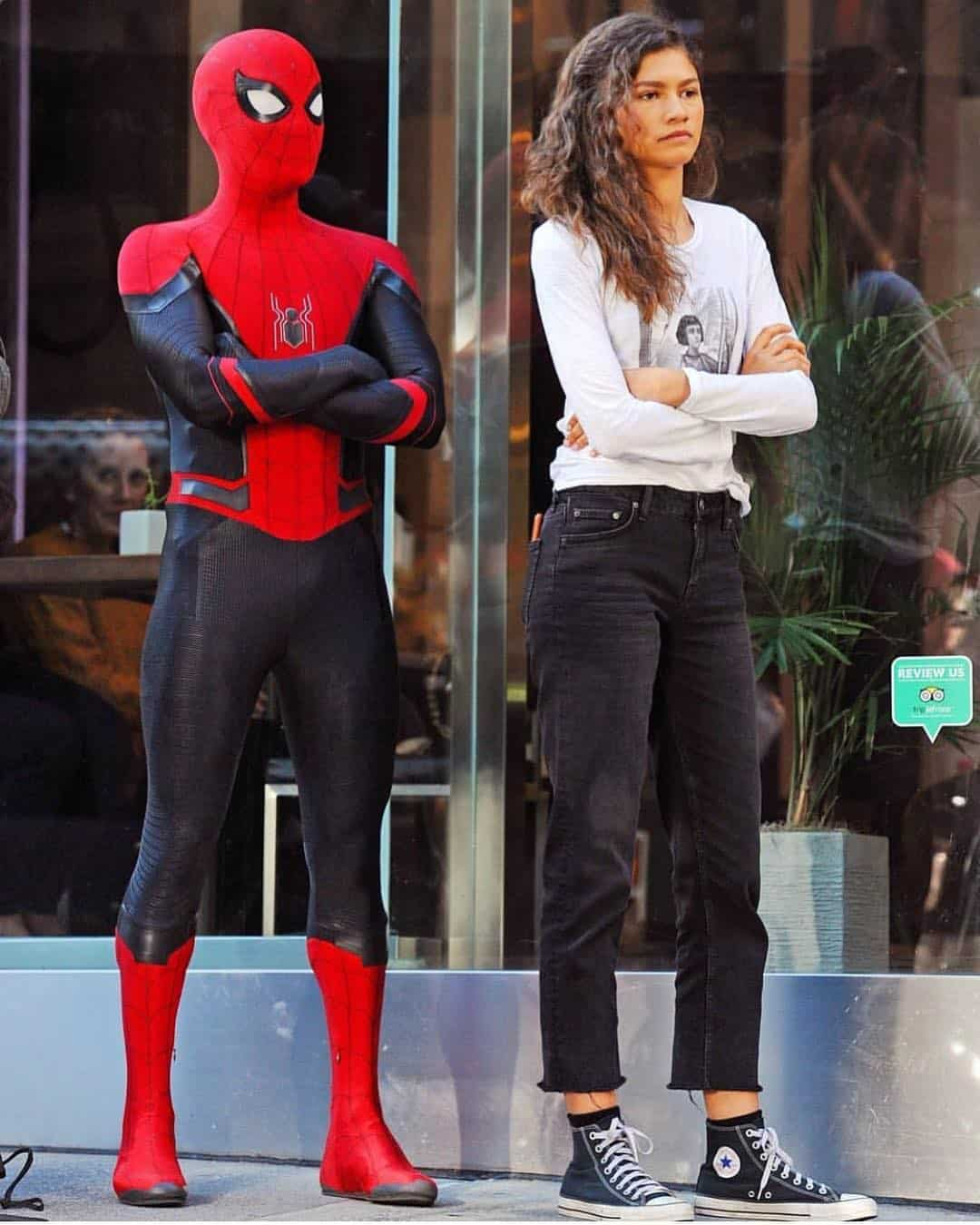 Spider-Man: Far From Home Wraps as Tom Holland Shares Some Images - Bleeding Coo...