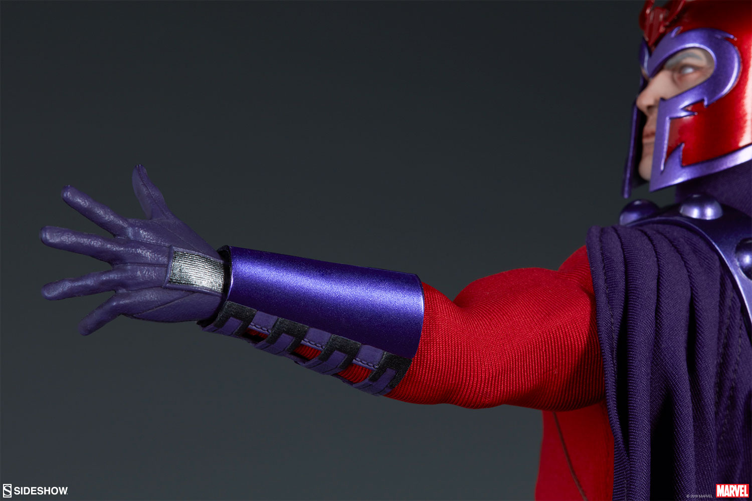 Sideshow Collectibles Magneto Sixth Scale Figure 6