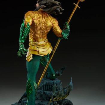 Sideshow Collectibles Premium Format Figure Aquaman 4