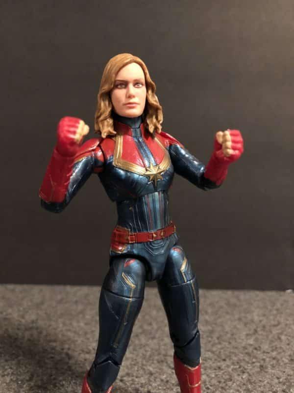 Marvel Legends Captain Marvel Figure 4