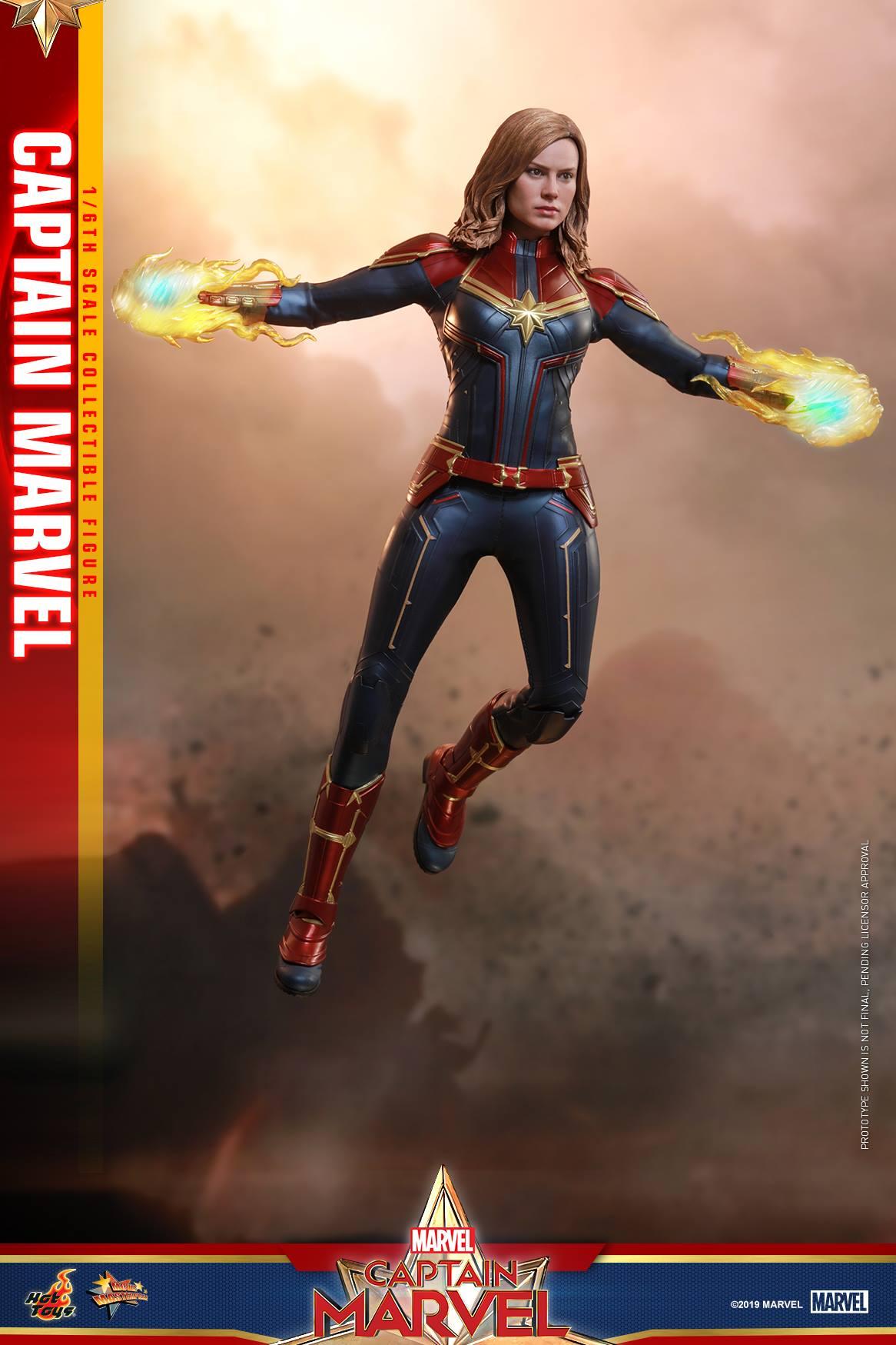Hot Toys Captain Marvel 13