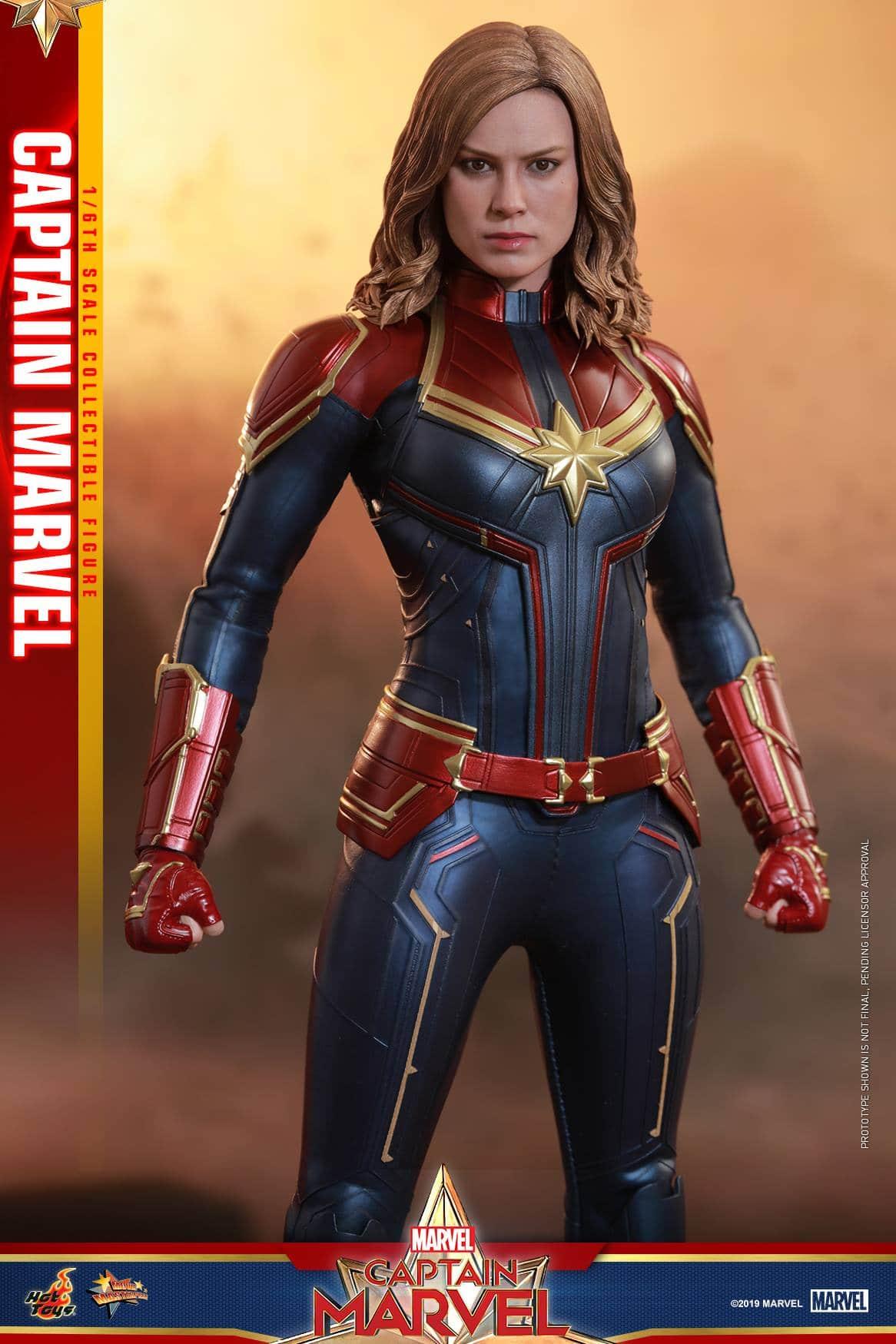 Hot Toys Captain Marvel 8