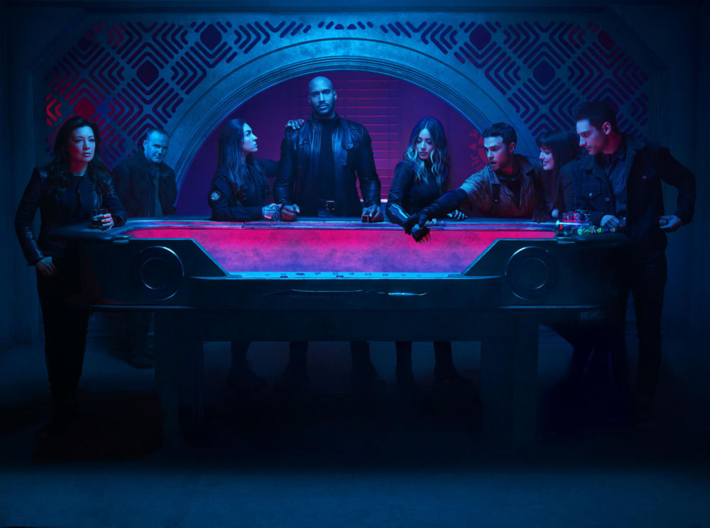 """""""Marvel's Agents of S.H.I.E.L.D."""" Season 7: Clark Gregg Shares Timey-Wimey First-Look [PREVIEW]"""