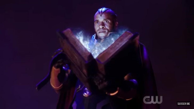 """Arrow"" Season 8: Stephen Amell Teases ""Cool Developments"" [Video]"