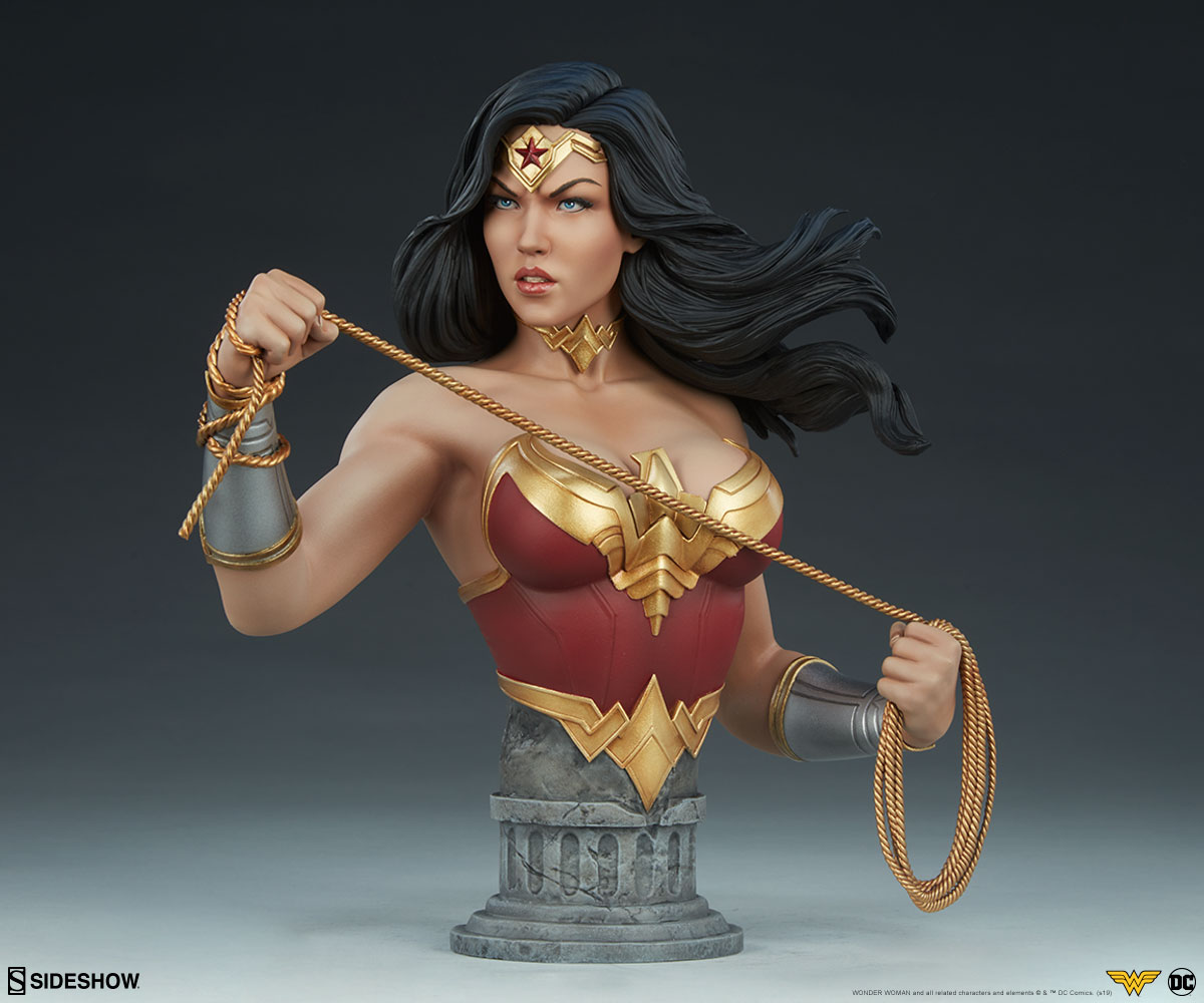 Wonder Woman Stands for Truth in New Sideshow Collectibles Bust