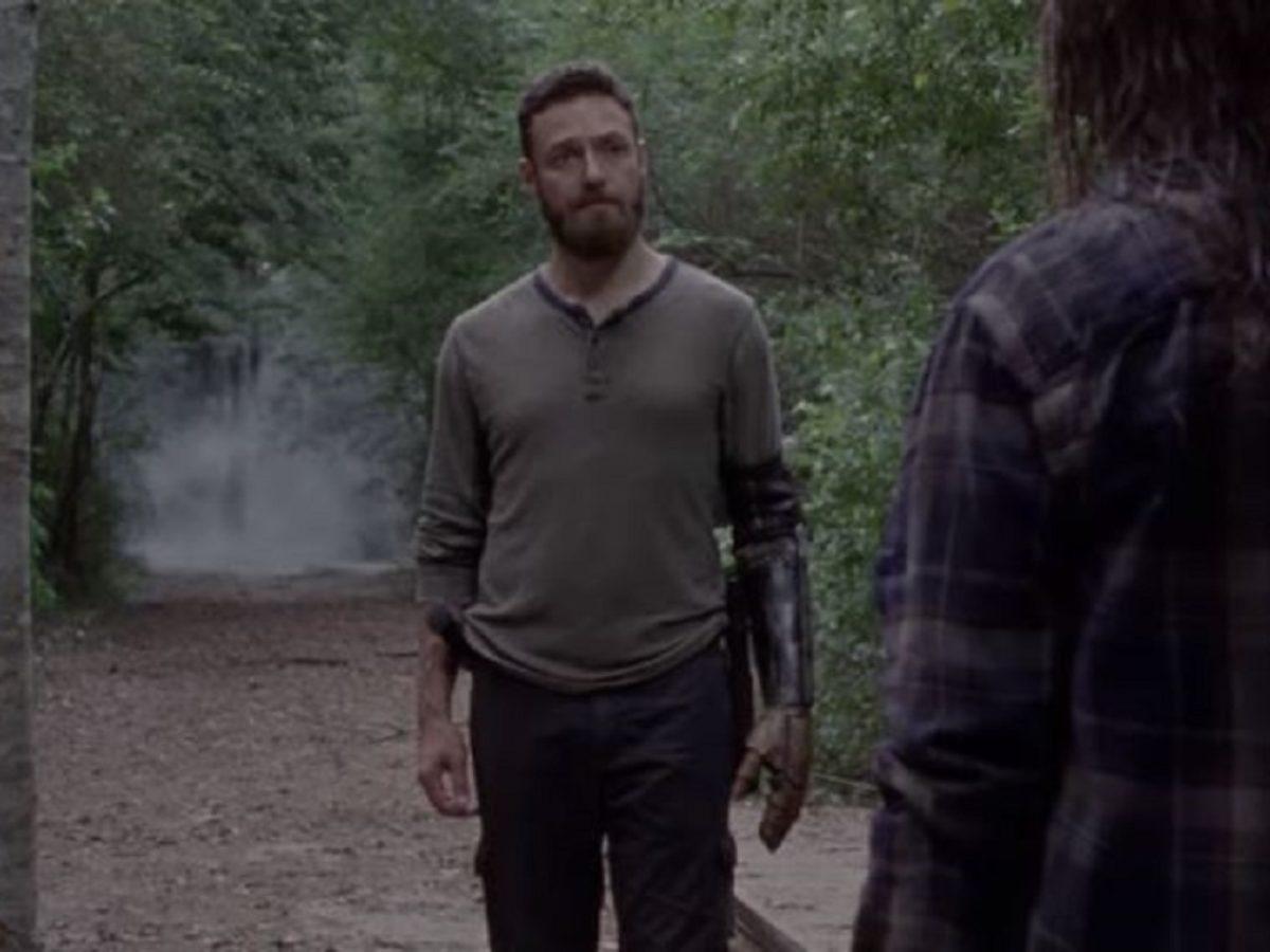 The Walking Dead S10 Midseason Finale Aaron Gamma Strike