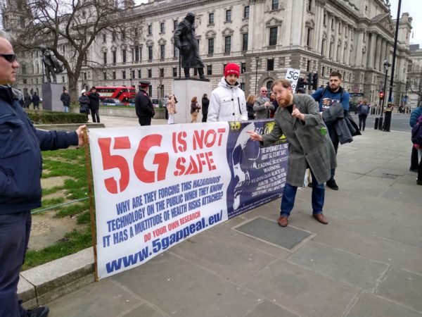 As Dan DiDio and DC Comics Come To London, Will They Face Anti-5G Protests?