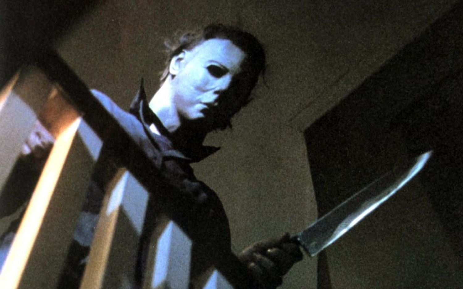 Halloween's Jamie Lee Curtis: If Michael Can Wear A Mask, So Can You